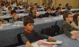Le conseil municipal d'enfants de Dijon collecte des fournitures scolaires pour les enfants du Sénégal