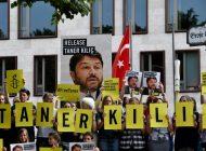 Après le putsch manqué en Turquie, 25 journalistes condamnés