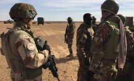 Un raid français neutralise Iyad Ag Ghaly, un des chefs des djihadistes d'Ansar Dine à la frontière algérienne
