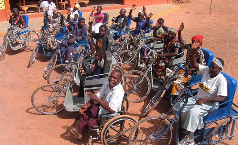 Humaniste Strasbourg offre du matériel médical au centre hospitalier régional de Tambacounda