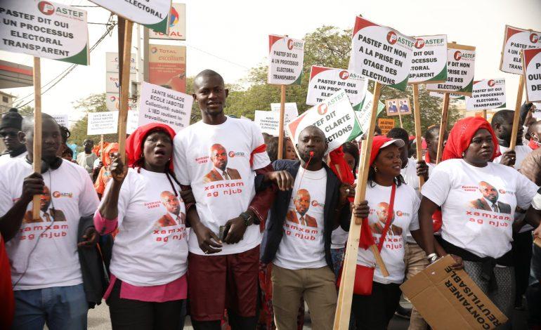 L'opposition sénégalaise marche à Dakar pour exiger des élections »transparentes»