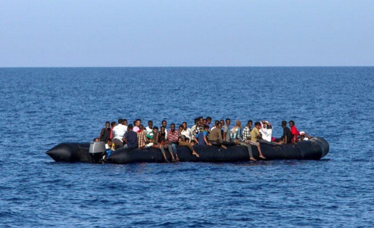 Plus de 100 morts dans le naufrage de 2 bateaux de migrants au large de la Libye