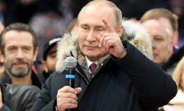 Vladimir Poutine promulgue deux lois contre les fausses nouvelles sur internet et les offenses à l'Etat