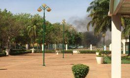 L'explosion à l'état-major des armées à Ouagadougou provoquée par une voiture piégée