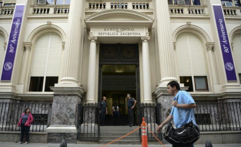 L'Argentine applique une thérapie de choc pour enrayer la dévaluation de sa monnaie