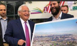 Un photomontage de Jérusalem effaçant les mosquées au profit d'un temple juif met l'ambassadeur américain dans l'embarras
