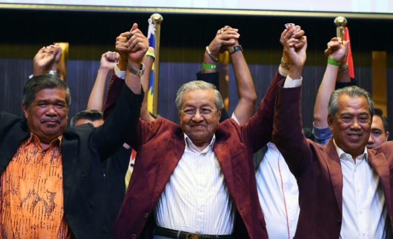 Victoire historique de l'opposition menée par Mahathir Mohamad, 92 ans, en Malaisie