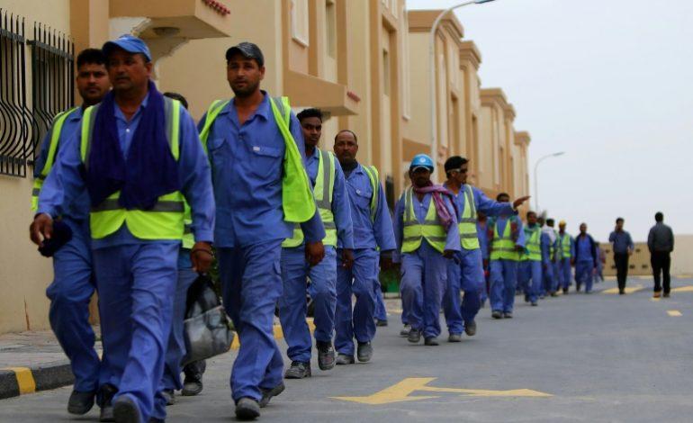 La vie de misère des migrants au Qatar, malgré les promesses