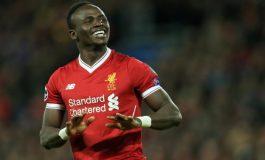 Sadio Mané a envoyé 300 maillots de Liverpool dans son village natal de Bambali