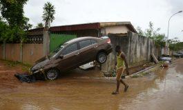18 morts à Abidjan après des pluies torrentielles