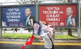 Recep Tayyip Erdogan fait la course en tête d'élections présidentielles et législatives âprement disputées