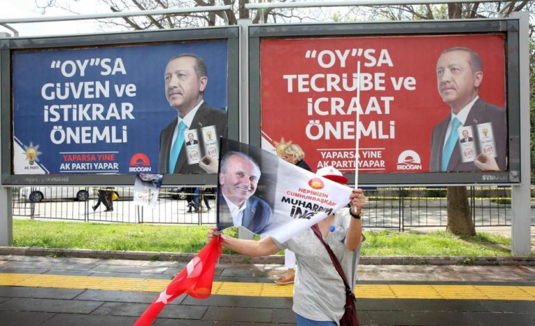 Recep Tayyip Erdogan vers des pouvoirs renforcés après son triomphe électoral