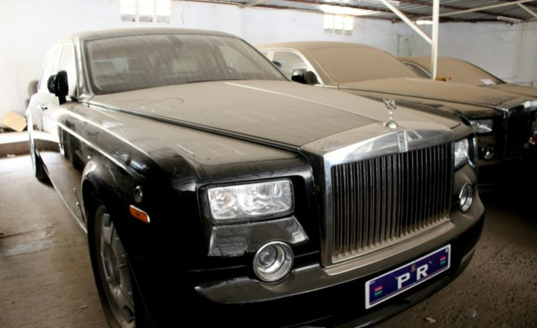 Rolls Royce, Bentley, Boeing… la Gambie met à l'encan les reliques de Jammeh