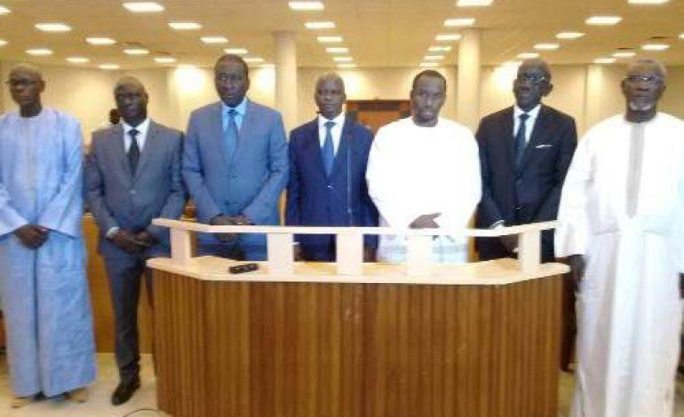 Les sept nouveaux membres du tribunal du commerce invités à être irréprochables
