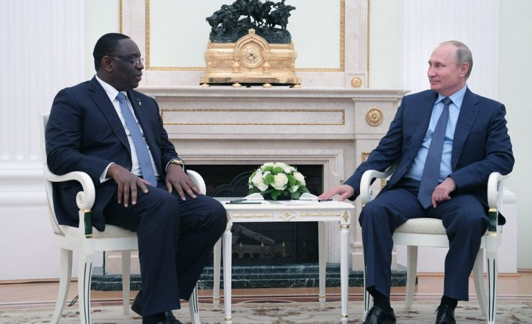 Macky SALL s'est entretenu en tête à tête au Kremlin avec Vladimir Poutine