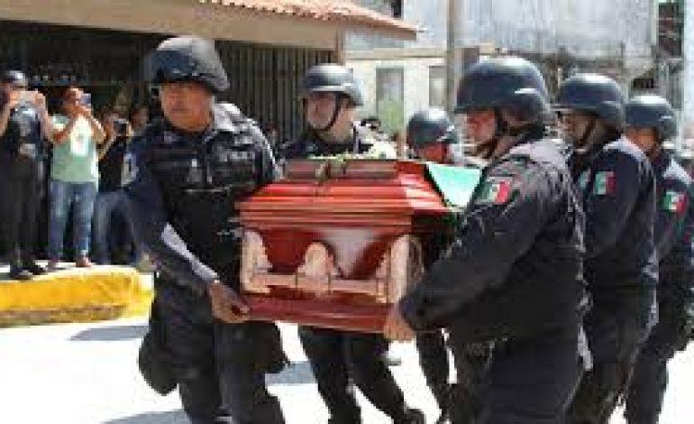 Au Mexique, tous les policiers d'une ville arrêtés après l'assassinat d'un candidat