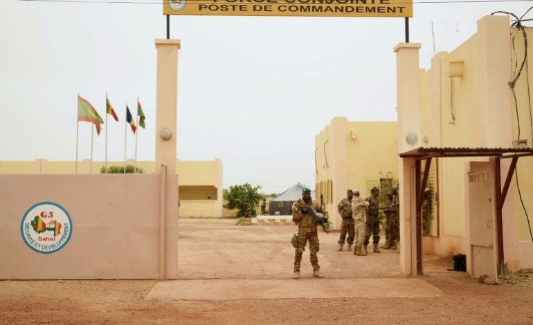 Attentat suicide contre le QG de la force du G5 Sahel: 3 morts, outre 2 assaillants
