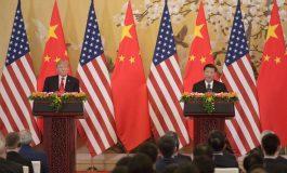 Donald Trump va imposer 25% de tarifs douaniers sur 50 milliards de dollars d'importations chinoises