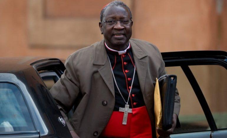 Visite du Cardinal Sarr, Archevêque émérite de Dakar dans le Béarn (Pays Basque)