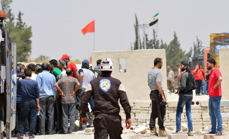 Des centaines de casques blancs évacués de la Syrie vers la Jordanie