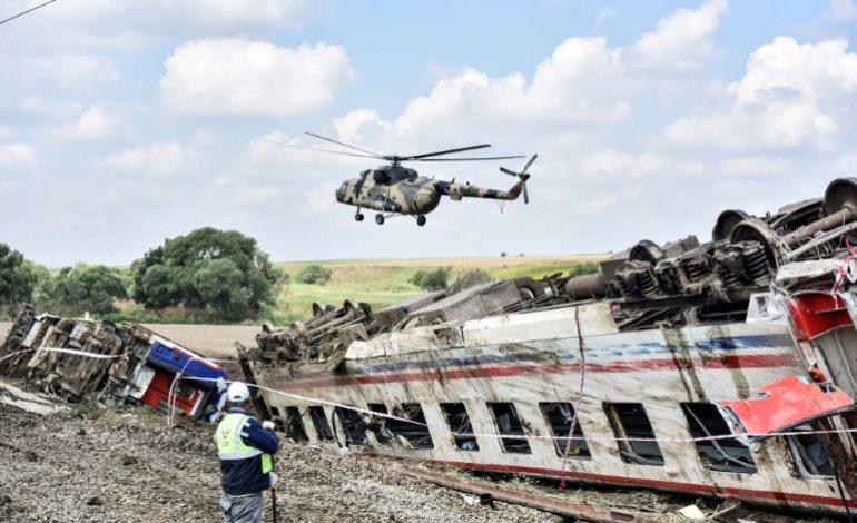 Le bilan passe à 24 morts dans le déraillement d'un train en Turquie