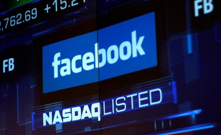 Après des scandales à répétition, Facebook s'effondre en bourse