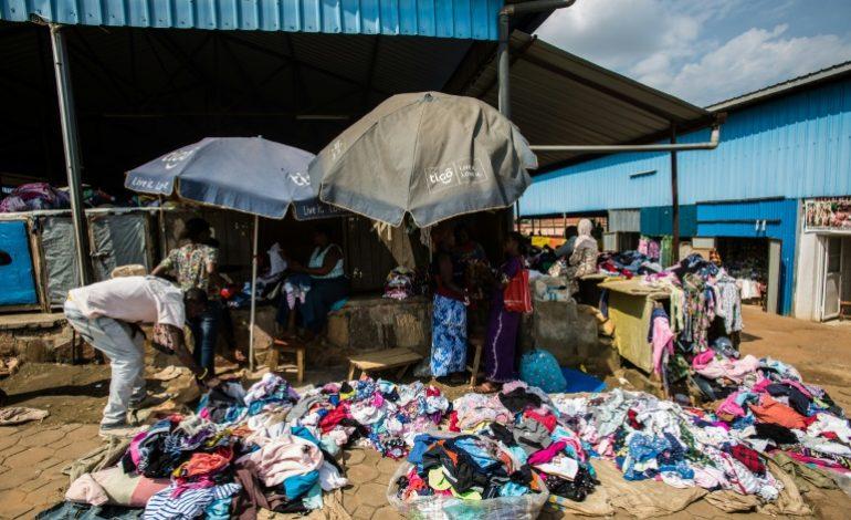La guerre commerciale sur les vêtements d'occasion au Rwanda
