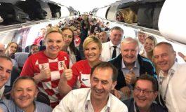 La présidente Croate, Kolinda Grabar-Kitarović prend un vol commercial  pour se rendre à Moscou
