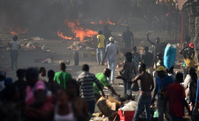 Manifestations en Haïti après la hausse des tarifs de carburant