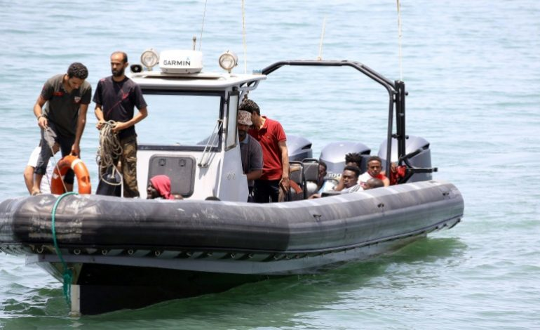 117 migrants subsahariens interceptés en mer par la Marine royale Marocaine