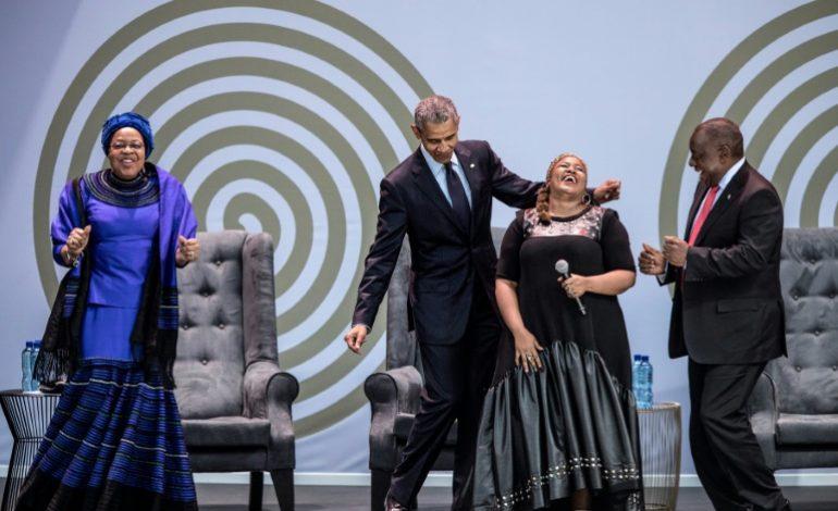 Cent après la naissance de Nelson Mandela, l'Afrique du Sud rend hommage à un «géant de l'Histoire»
