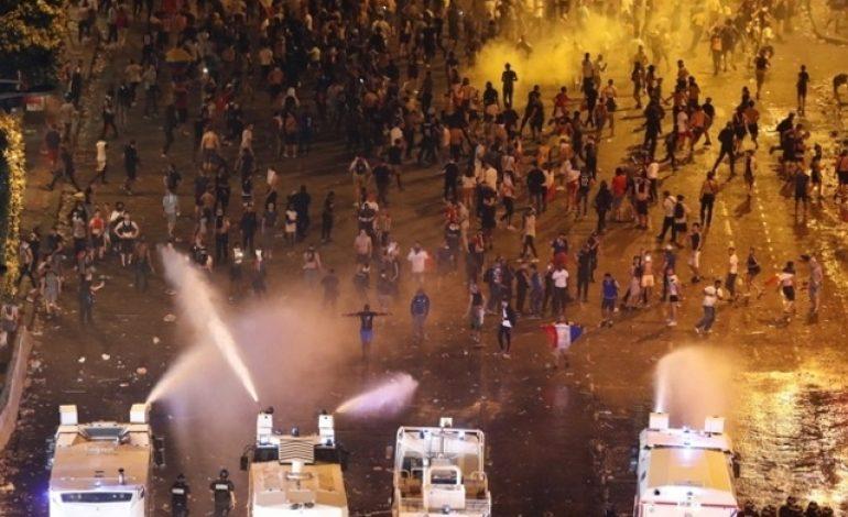 Pillage, vandalisme, agression… la racaille s'invite à la fête pour célébrer la victoire des Bleus