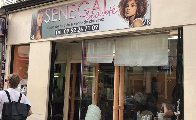 Perruques, mèches, cheveux naturels, pourquoi les africaines en raffolent ?
