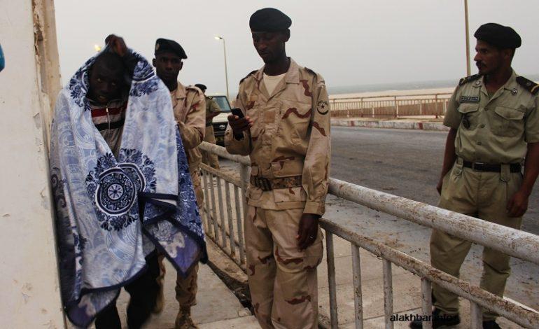 La marine nationale mauritanienne vient au secours de 125 ressortissants sénégalais menacés de soif en pleine mer