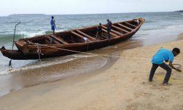 Une pirogue avec plus de 200 candidats à l'émigration échoue sur la corniche ouest à Dakar