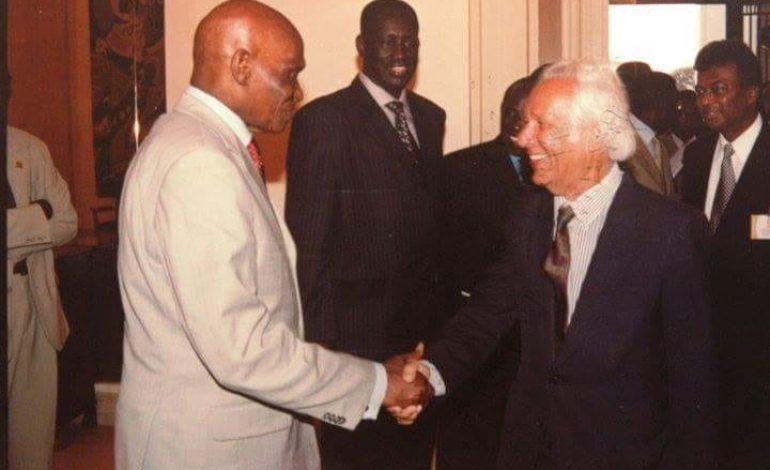 Le Pr Abdoulaye Wade rend hommage à son collègue Samir Amin depuis Dubaï