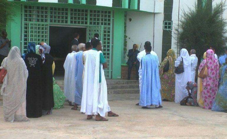 Un quintette d'adversaires face à un général récemment retraité pour le 1er tour de l'élection présidentielle en Mauritanie,