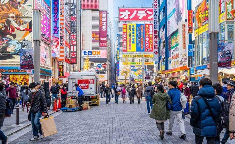 Le Japon veut accueillir plus de travailleurs étrangers