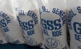 De l'Indonésie au Sénégal, le sel de table contient aussi du plastique