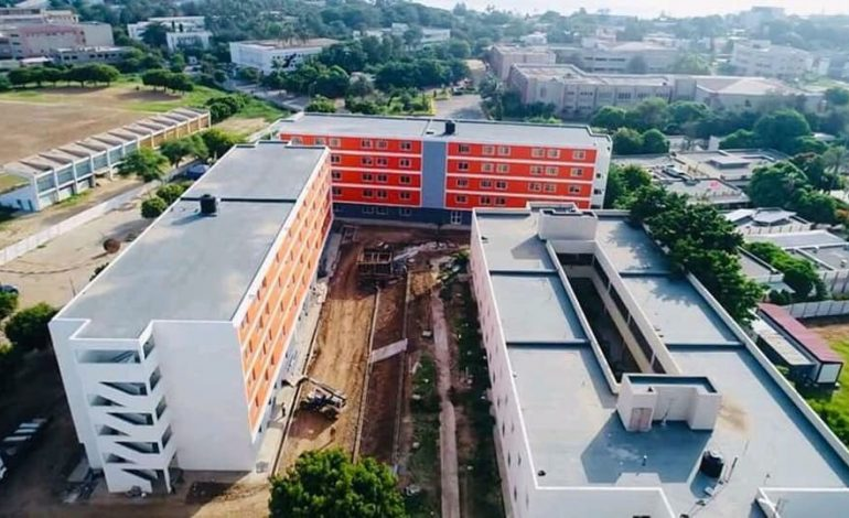 Macky Sall réceptionne de nouveaux pavillons à l'UCAD et déclare que la justice devra s'exercer dans l'affaire Fallou Sène