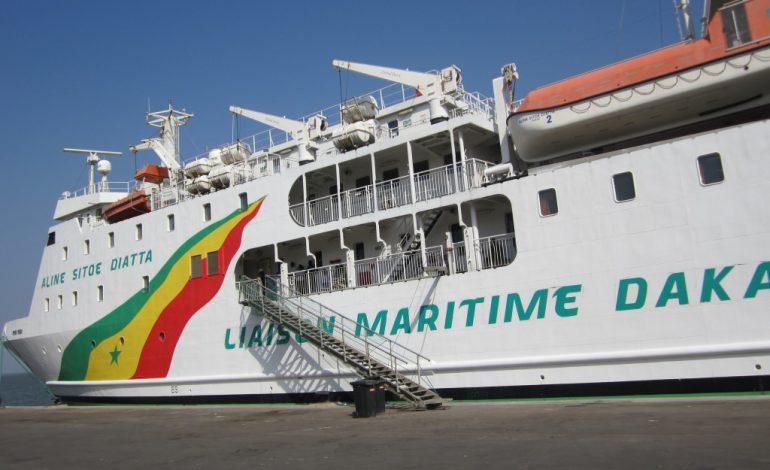 Un citoyen alerte sur la situation à l'intérieur du bateau Aline Sitoe Diatta