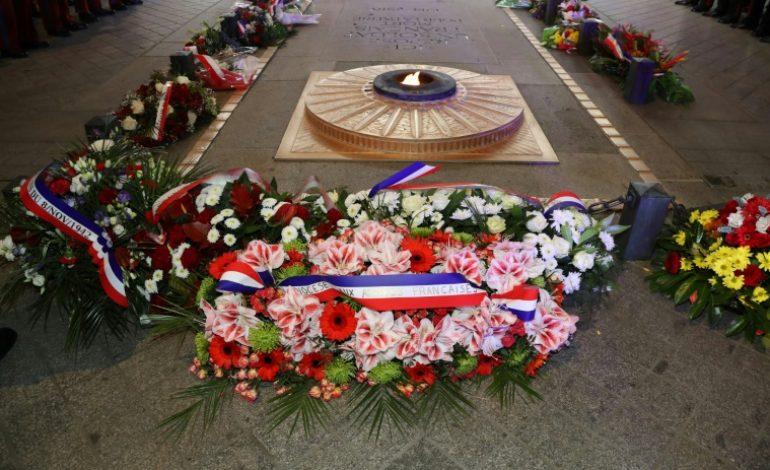 Grand-messe internationale pour célébrer le centenaire de l'armistice de la Grande Guerre à Paris