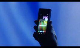 Samsung présente un écran pliable pour faire du smartphone une tablette
