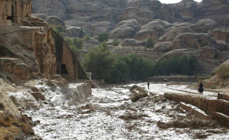 Plus de 12 morts en Jordanie à cause des fortes pluies