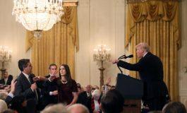 Le juge Timothy Kelly ordonne à la Maison Blanche de rétablir l'accès au journaliste de CNN, Jim Acosta