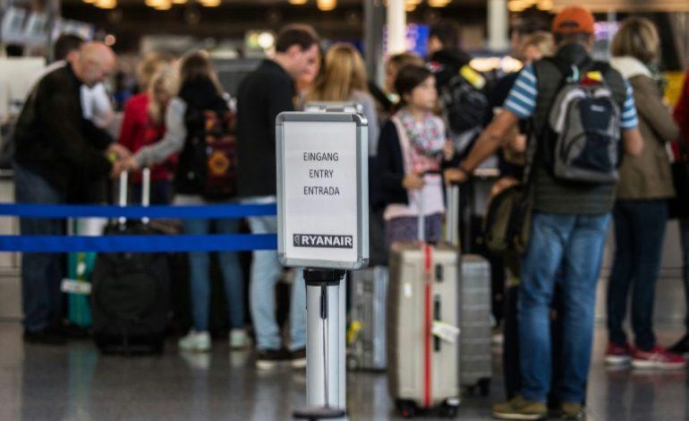 Ryanair et Wizz Air poursuivis en Italie pour leur politique de bagage cabine payant