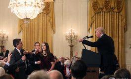 CNN attaque la Maison Blanche en justice concernant le retrait de l'accréditation du journaliste Jim Cota