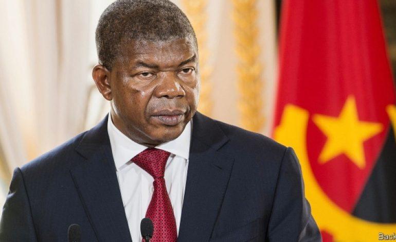 Rencontre inédite en Angola entre le président et la société civile
