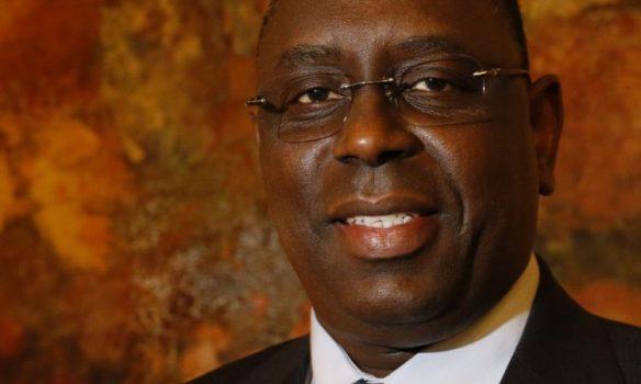 Africa Oil & Power décerne le prix d'Homme de l'année du secteur pétrolier à Macky Sall