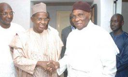 Abdoulaye Wade présente ses condoléances à Ahmed Khalifa Niasse